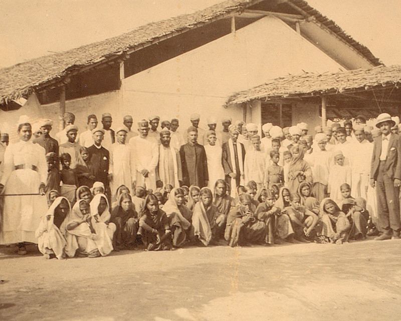 Locals detained for observation at Nariel Wadi Hospital, Bombay, 1897
