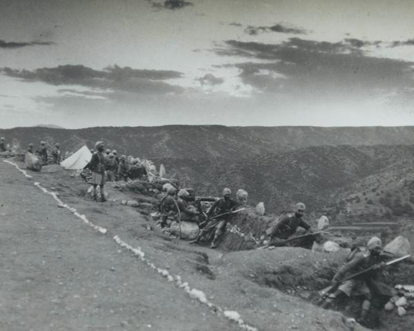 2nd Royal Battalion (Ludhiana Sikhs), 11th Sikh Regiment man hill-top positions in Waziristan, 1937