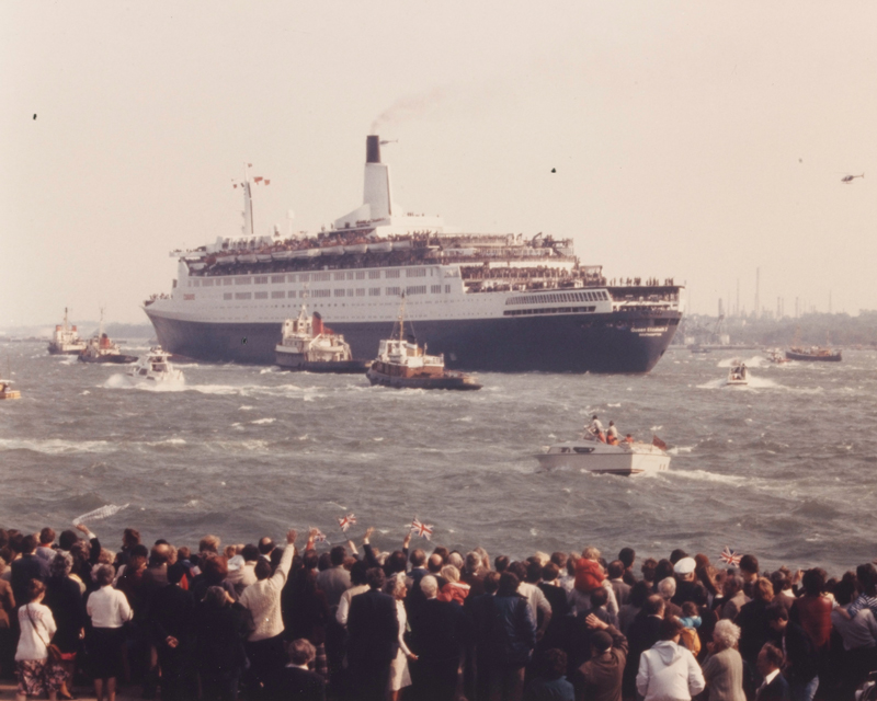 The 'Queen Elizabeth II' leaving Southampton with 5th Infantry Brigade, 12 May 1982