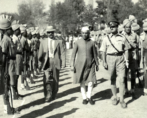 Nehru visiting the Khyber Rifles at Jamrud, 1946