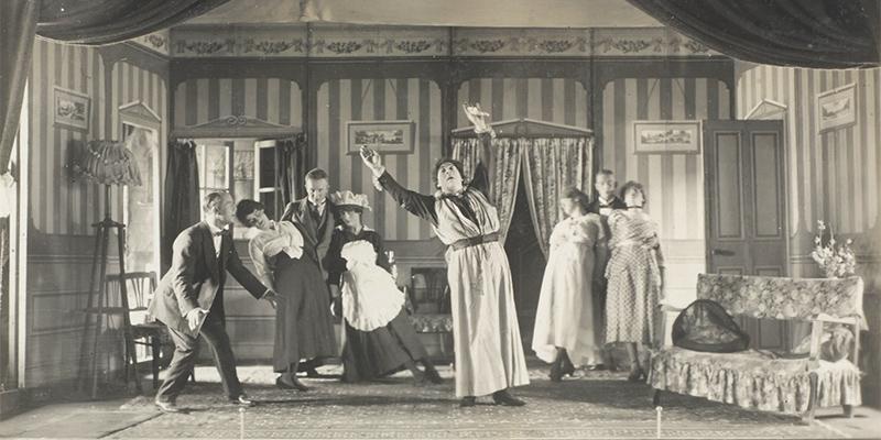 A scene from 'Arabian Nights', 1918