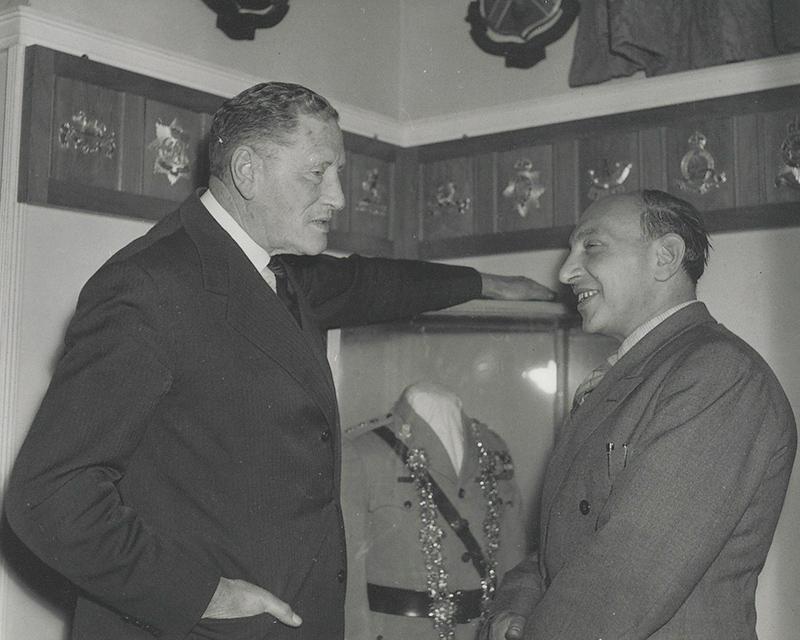 Field Marshal Auchinleck (left), 1956
