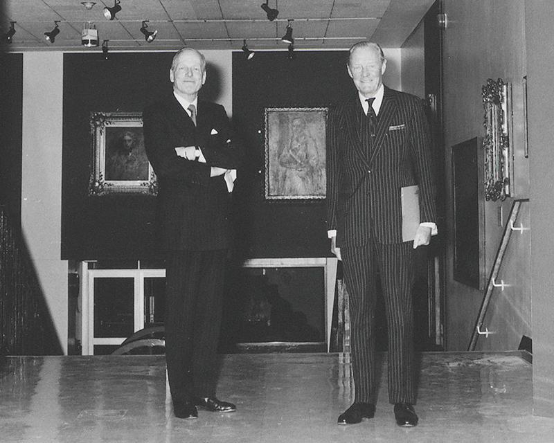 The Duke of Wellington (right), 1986