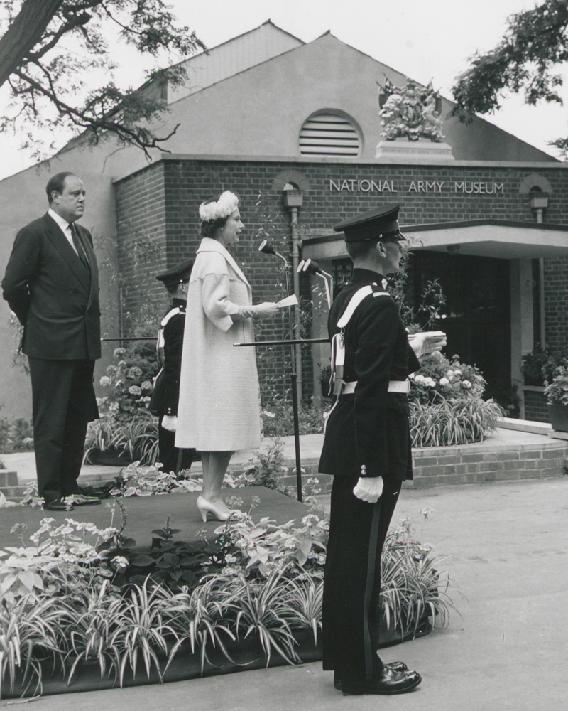 Queen Elizabeth II opening the National Army Museum, 1960