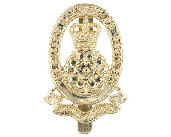 Cap badge, The Queen's Lancashire Regiment, c1980