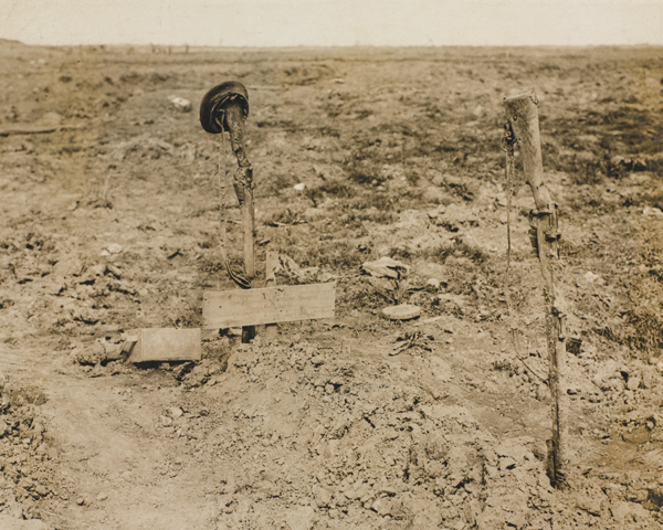 The grave of an unknown British soldier near Ginchy, 1916