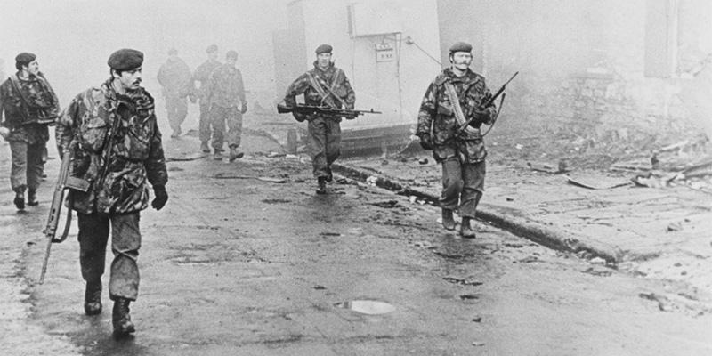 2nd Battalion The Parachute Regiment enter Port Stanley on foot, 1982