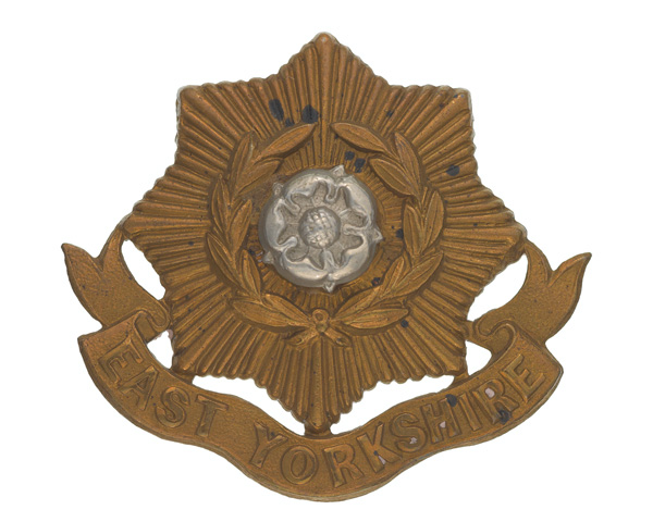 Other ranks' cap badge, The East Yorkshire Regiment (The Duke of York's Own), 1898