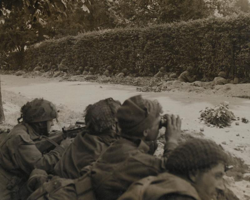 Men of 1st Battalion, The Border Regiment, waiting to repulse an attack, 20 September 1944