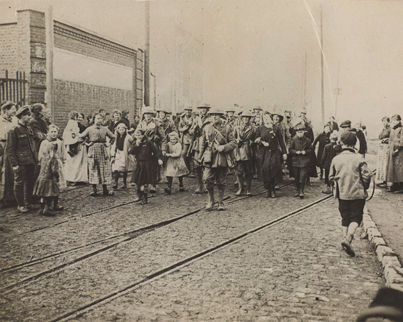 The Liverpool Regiment entering Lille, 1918