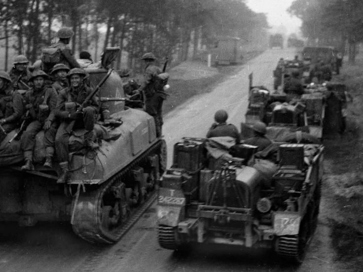 Units of the Dutch Brigade moving up to the attack, 1944