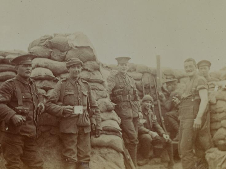 Troops in trenches at Wulverghem, 1915