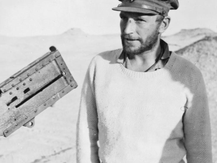 Lieutenant Colonel Robert 'Paddy' Mayne near Kabrit, Egypt, 1942