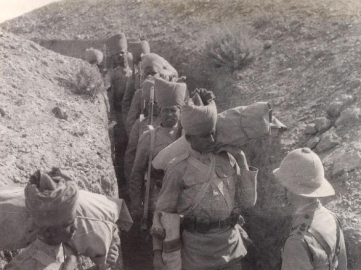 Indian troops passing through a communication trench on the Mesopotamian Front, 1917.