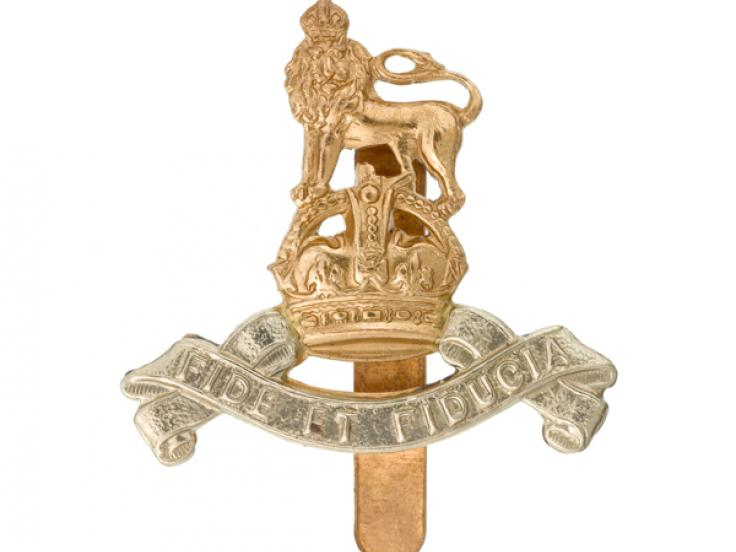 Other ranks' cap badge, Royal Army Pay Corps, c1945