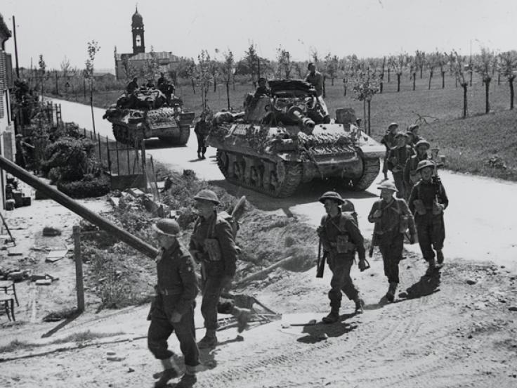 The 2nd Lancashire Fusiliers with Achilles tank destroyers near Ferrara, April 1945