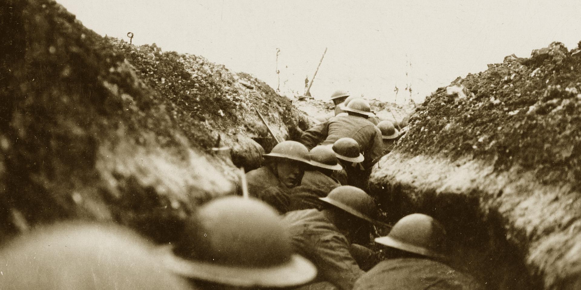 British raiding party await the word to go, 1916