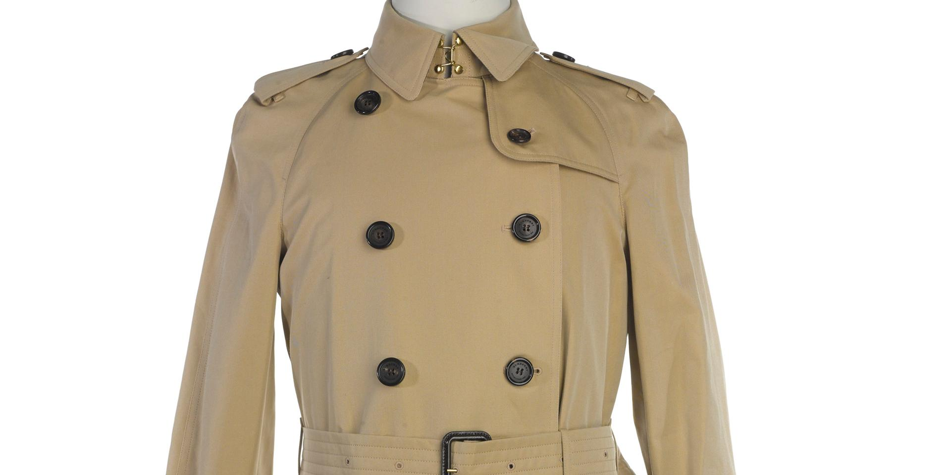 Burberry trenchcoat, 2014