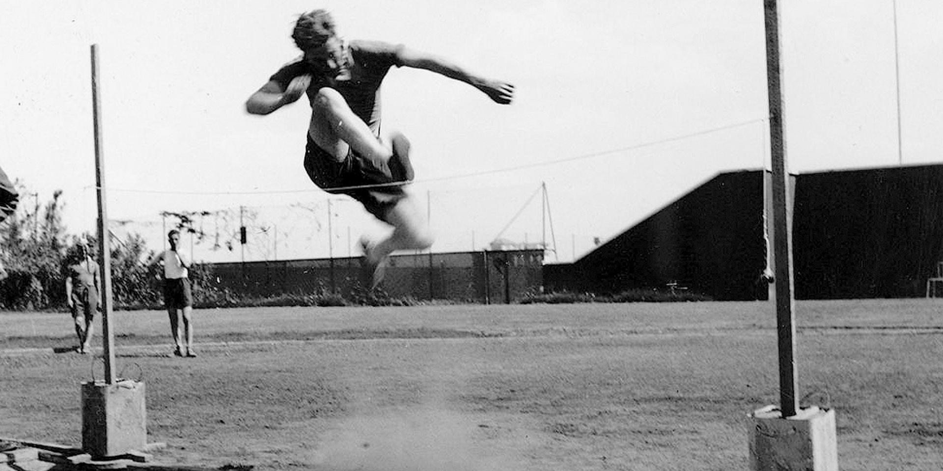 High jumping in the Western Desert, 1943
