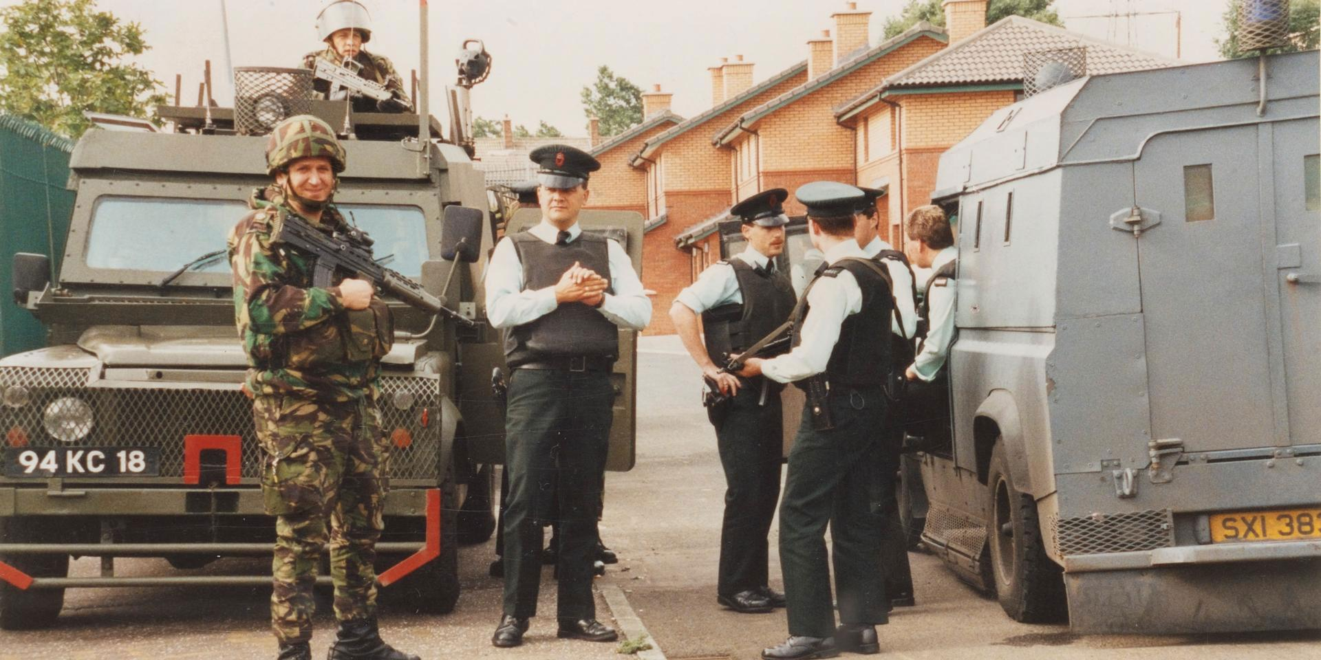 British soldiers on patrol with RUC officers, 1992