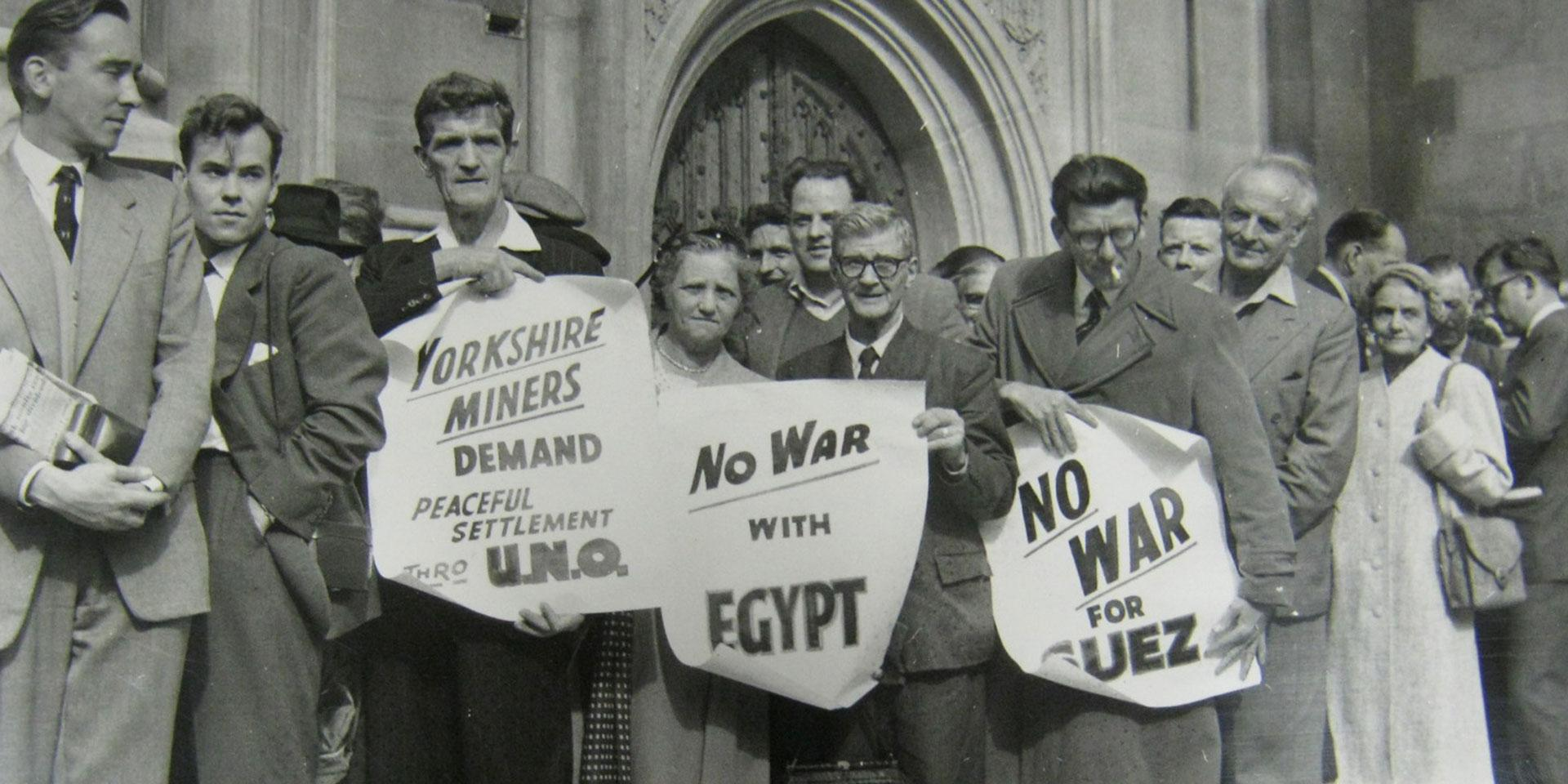 Anti-war protesters outside Parliament, September 1956