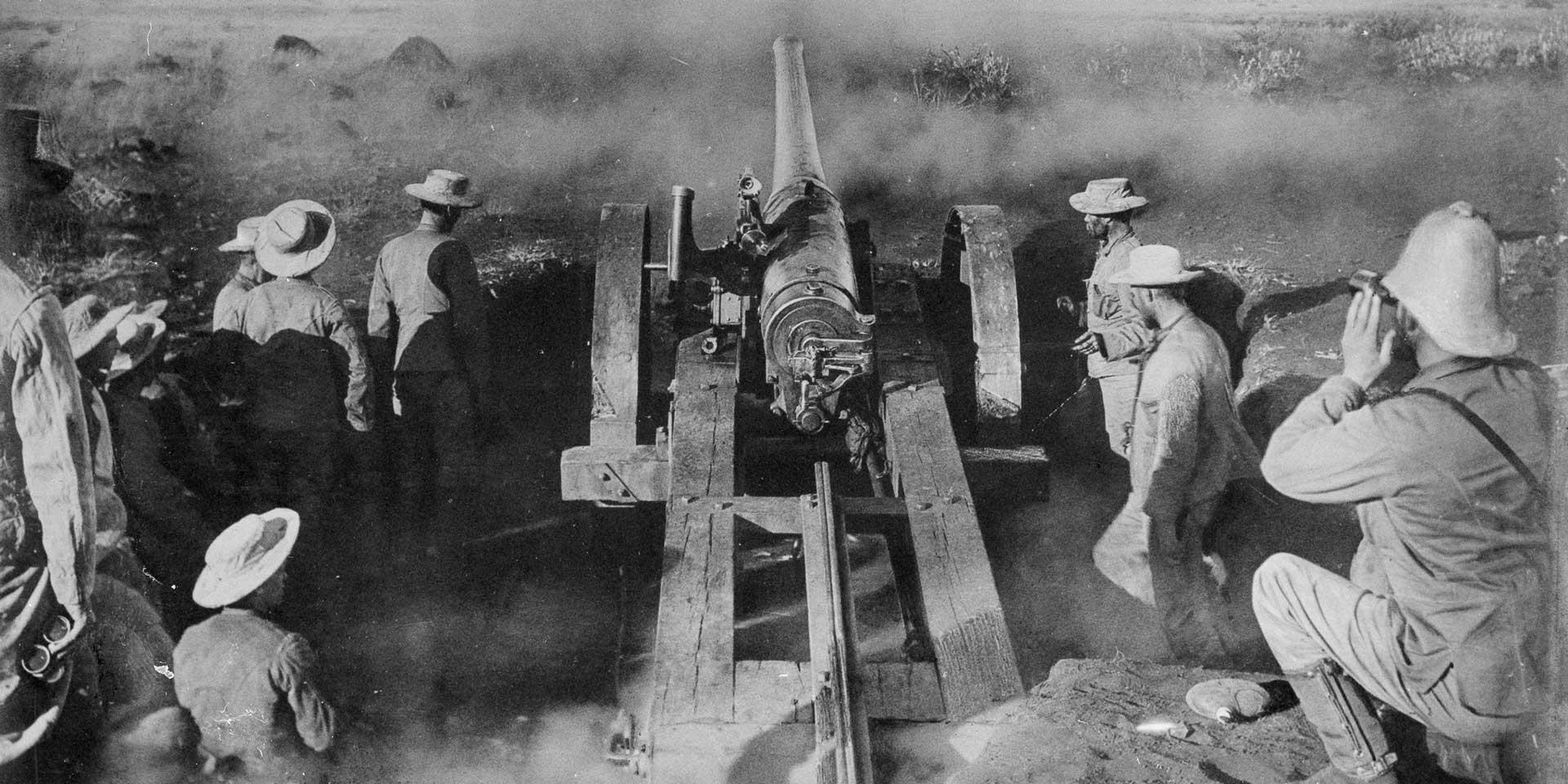 A naval gun firing during the Battle of Modder River, 1899