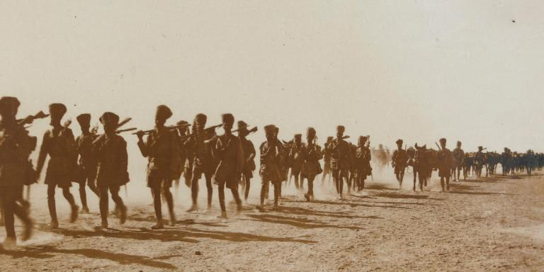 Soldiers on the march in Mesopotamia, November 1917
