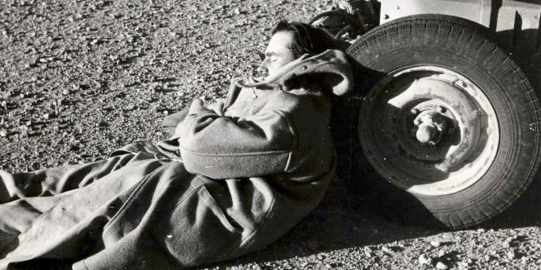 Lieutenant-Colonel David Stirling resting in the desert, 1942