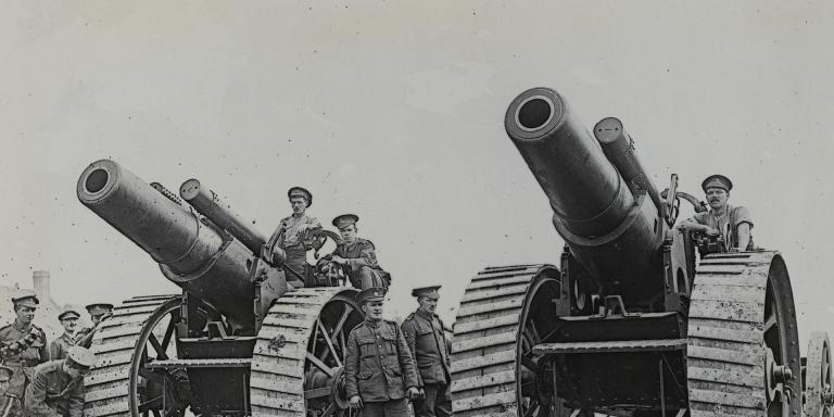 Heavy guns on the Somme, 1916