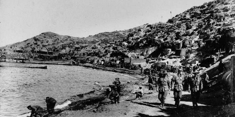 Troops at Anzac Cove, 1915