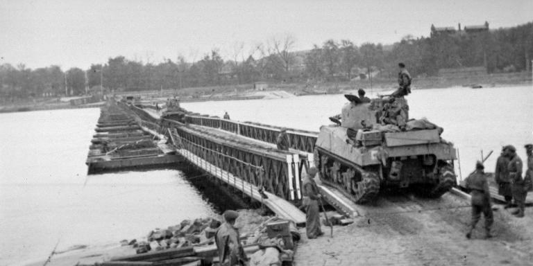 Allied forces crossing the Elbe, April 1945