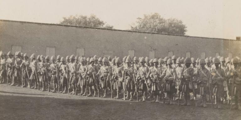 1st Battalion The Queen's Own Cameron Highlanders at Wadi Halfa, c1897